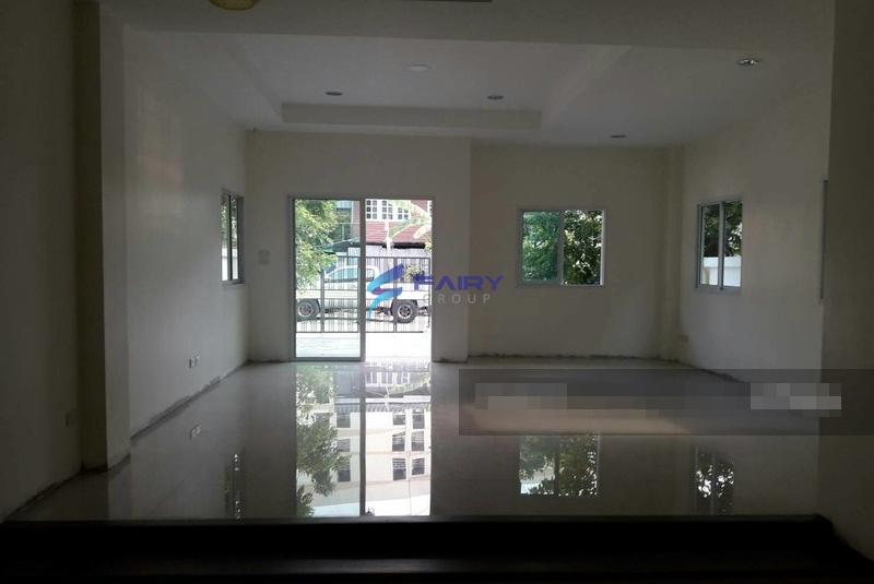 HS00533-House-For-Sale-บ้านเดี่ยว-ซอยประวิทย์และเพื่อน12-ขาย6-3MB-พระโขนง-Thailand (2)