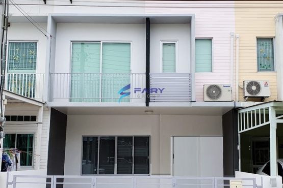 F2002015, For rental-A cozy Private townhouse with full facilities kitchen,laundry. 3BR 2bathrooms The connect chaengwattana2 village