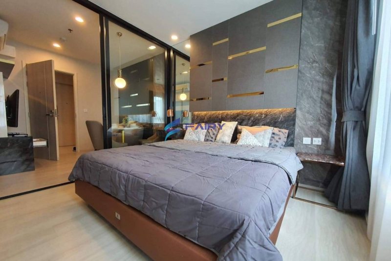For Rent Life Asoke 29.85 sqm. Near MRT Phetchaburi & ARL Makkasan